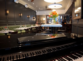 Live Music (Piano and Guitar) - Carens Rosedale Wine and Cheese Bar